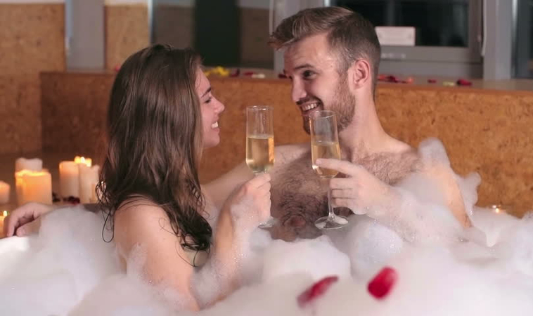 Celebra tu aniversario en un Love Hotel