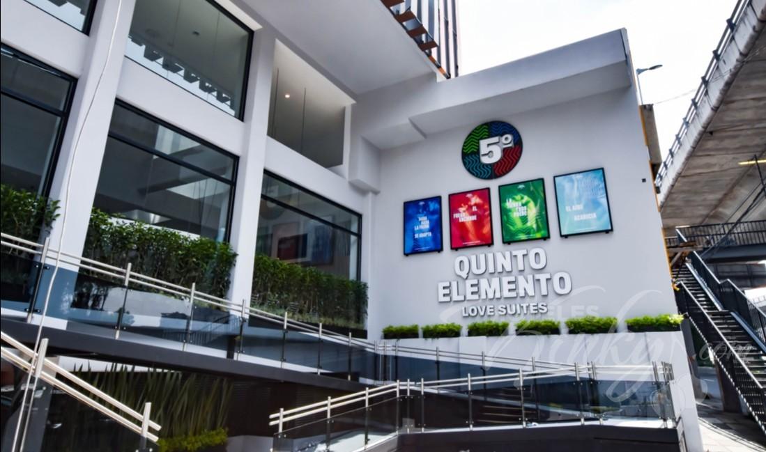 Love Hotel Quinto Elemento
