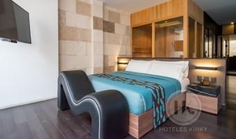 Love Hotel Akua Luxury Suites , Habitación Jacuzzi