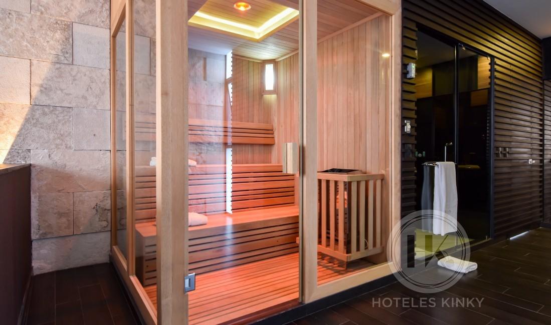 Love Hotel Akua Luxury Suites , Habitacion Jacuzzi