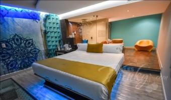 Love Hotel Amala Hotel & Villas , Habitacion Villa Karma Room