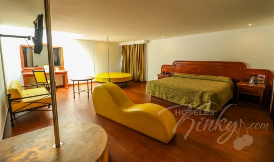 Love Hotel Atenas Plaza, Habitacion Suite Cama Colgante