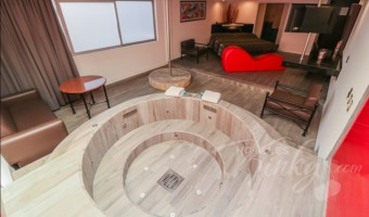 Love Hotel Atenas Plaza, Habitacion Suite Jacuzzi