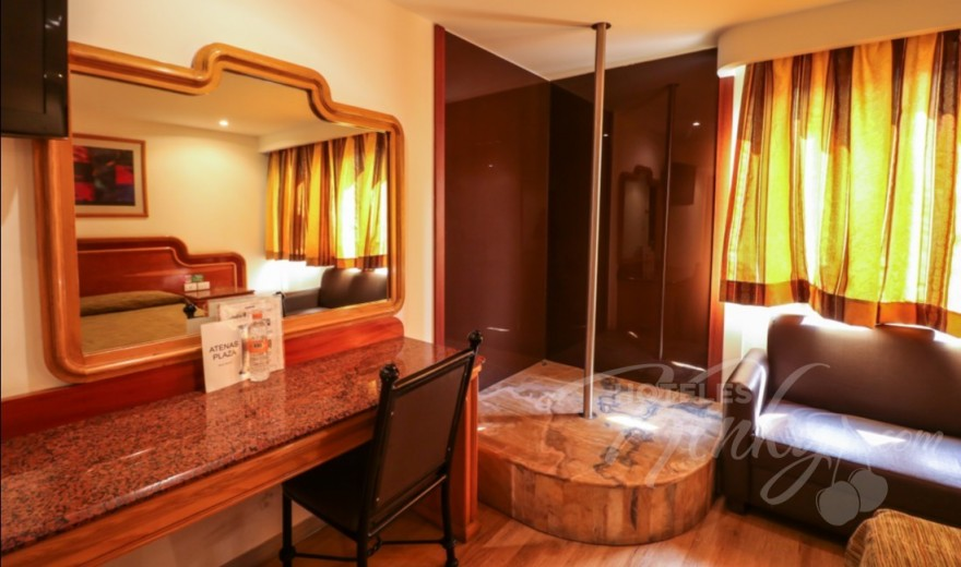 dcc5763bbf Love Hotel Atenas Plaza, Habitacion Suite Pole Dance ...