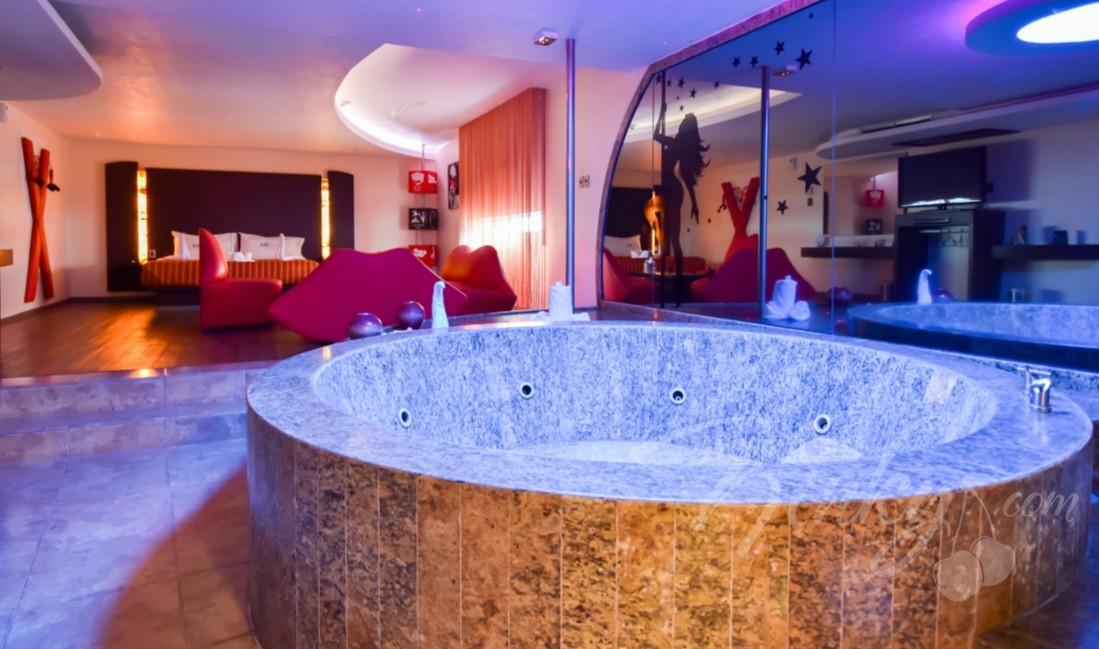 Habitaciòn Villa Master Jacuzzi del Love Hotel Atizapán Hotel & Villas