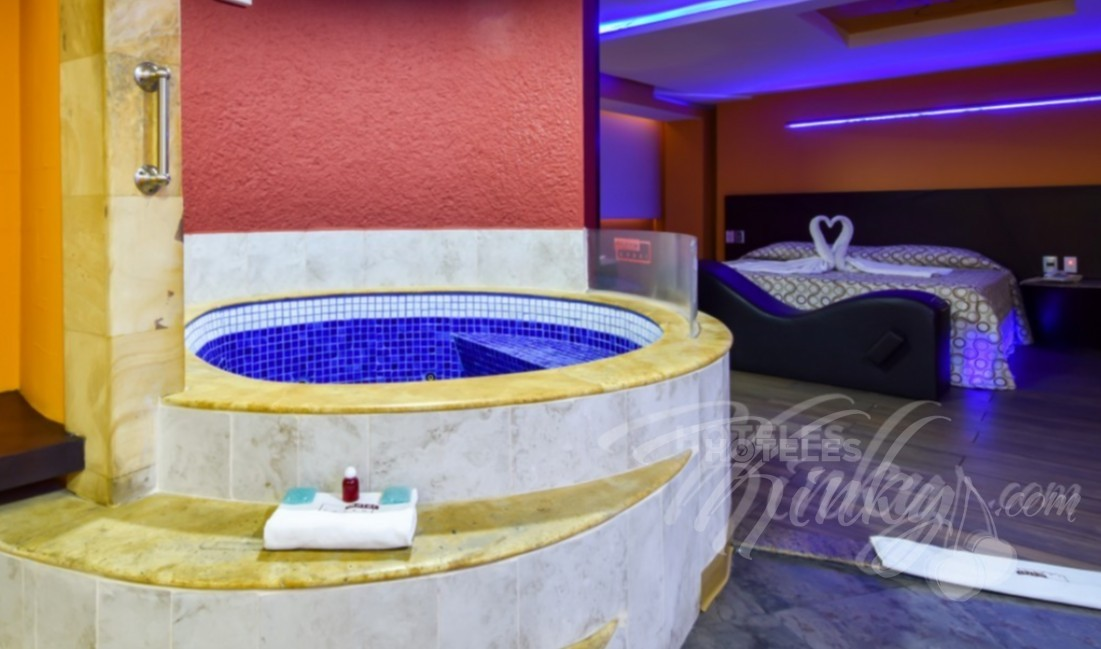 Love Hotel Autohotel Rosso , Habitacion Suite Jacuzzi