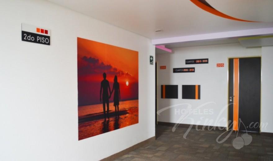 Love Hotel Bikos Hotel y Villas