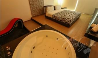 Love Hotel Blau Hotel & Suites, Habitación Suite Jacuzzi