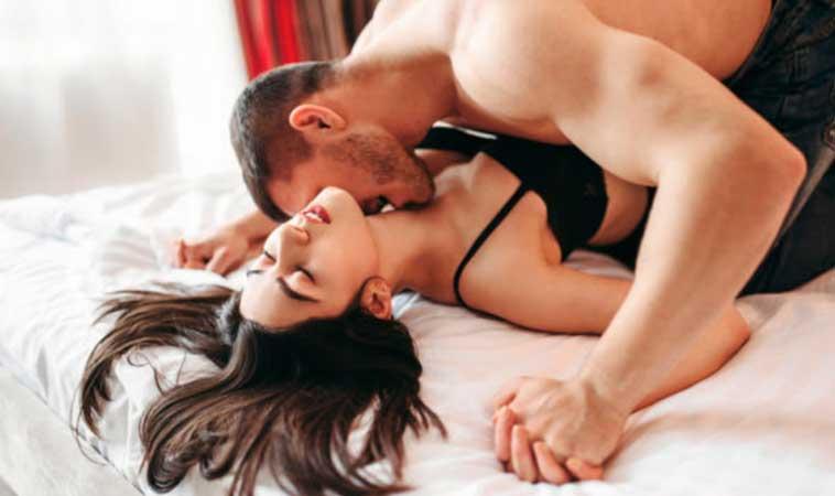 Cómo invitar a una mujer a un Love Hotel