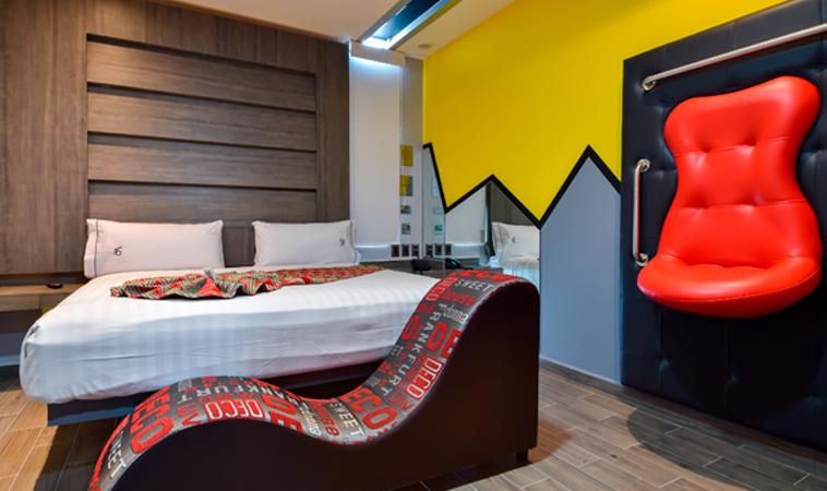 En el Love Hotel VP Fly, ¡sentirás que vuelas de placer!