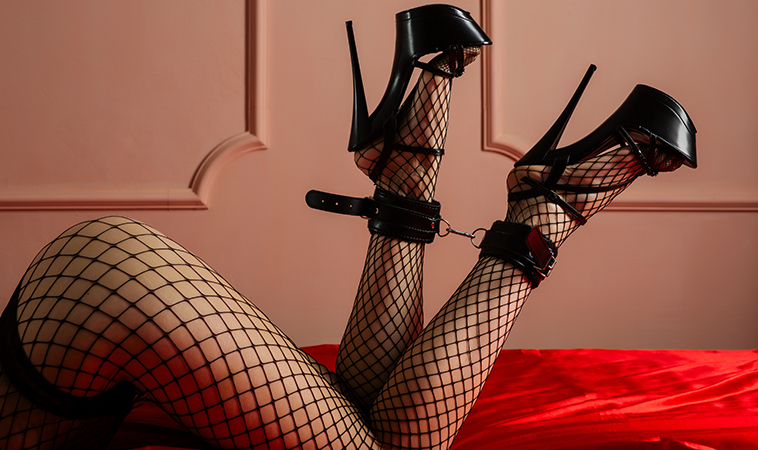Fetiche por los pies: gózalos en estas Atracciones Kinky