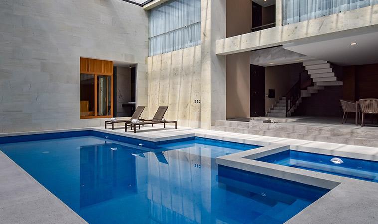 Love Hotel Akua: sofisticación y deseo