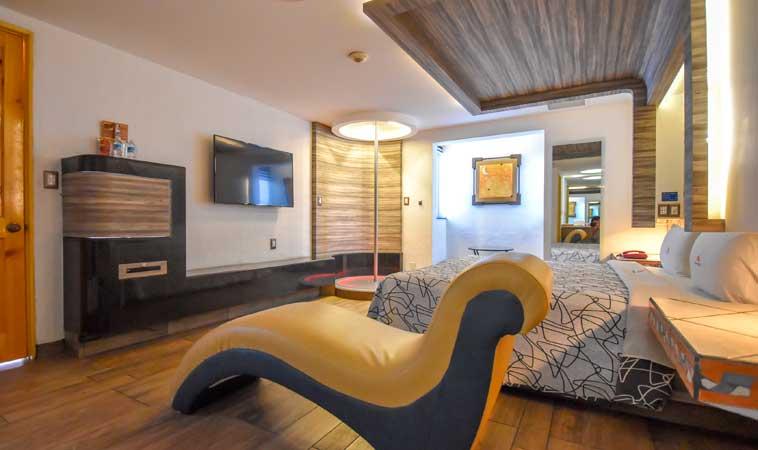 Love Hotel Costa del Sol: ¡Vacaciona en las tierras del amor!