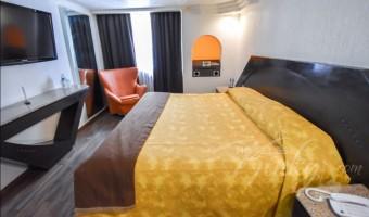 Love Hotel Bonn, Habitación King Size