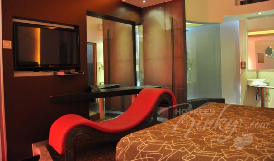 Love Hotel Breogan Suites, Habitacion Suite Hospedaje VIP