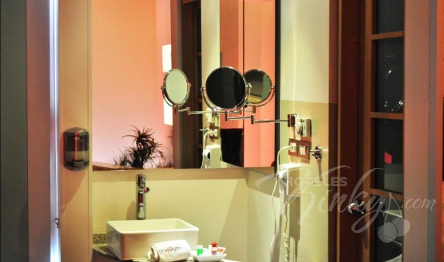 Habitaciòn Suite Hospedaje VIP del Love Hotel Breogan Suites