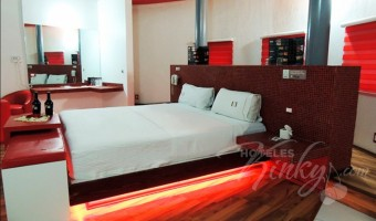 Love Hotel Canceleira, Habitacion Hotel