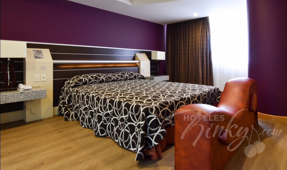 Love Hotel Castello, Habitacion Villa Jacuzzi con Cama de Agua