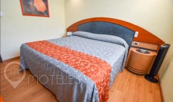 Love Hotel Catalina, Habitacion Sencilla