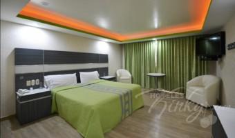 Love Hotel Corona Real, Habitación Cuarto King Size
