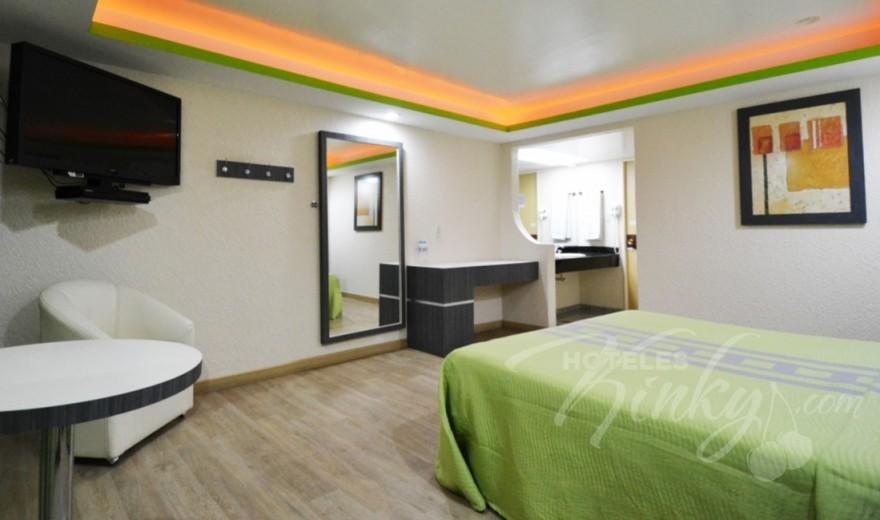 Love Hotel Corona Real, Habitacion Suite con Potro