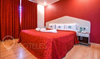 Love Hotel Dos Milpas, Habitacion Triángulo del Amor