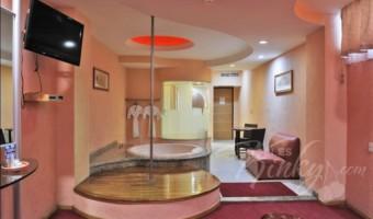 Love Hotel AutoHotel Fantasy, Habitacion Suite Jacuzzi