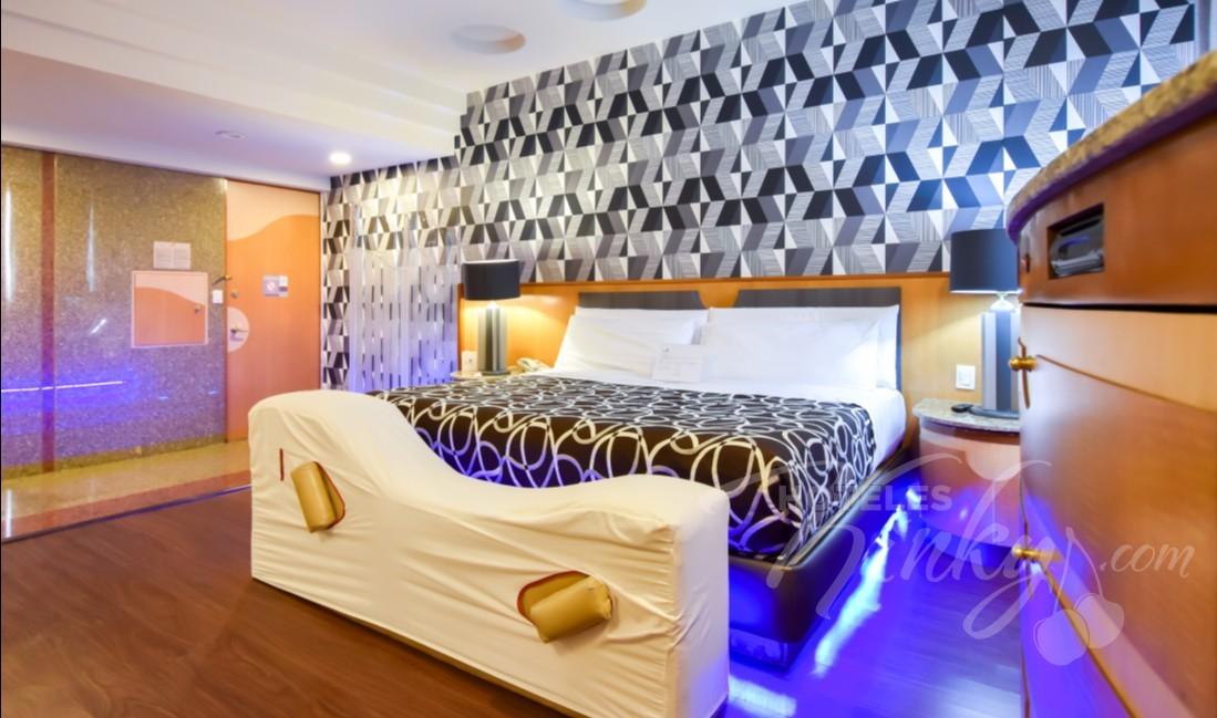 Love Hotel Villas Firenze, Habitacion Junior Suite con Potro del Amor
