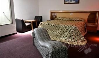 Love Hotel Hotel y Villas Granada Inn, Habitacion Suite Jacuzzi