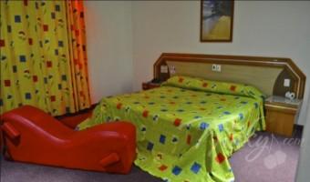 Love Hotel Hotel y Villas Granada Inn, Habitacion Villa Jacuzzi