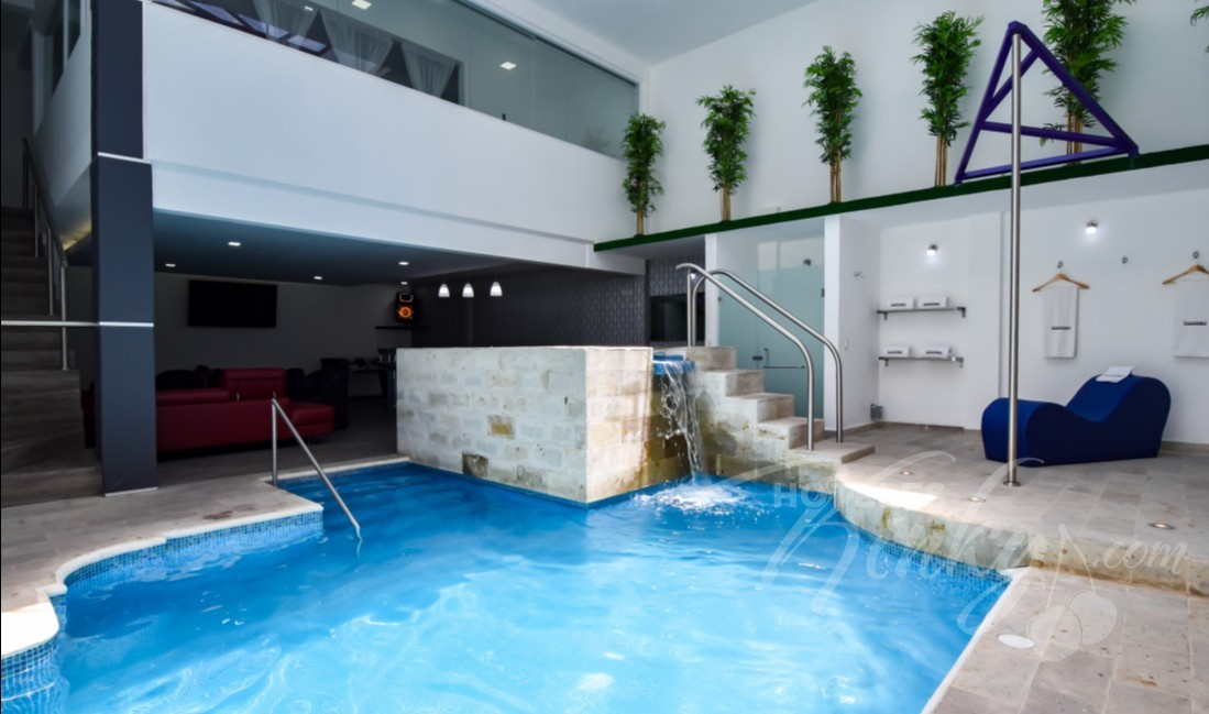 Love Hotel Grand Amore , Habitacion Grand Pool Suite