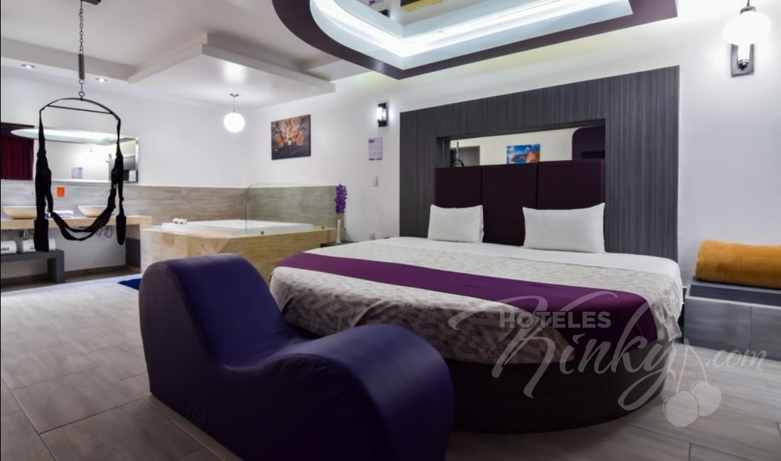 Love Hotel Grand Amore , Habitacion Master Suite Jacuzzi/Columpio