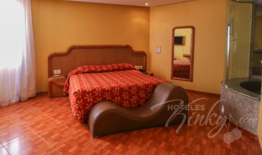 Love Hotel Hollywood Hotel & Villas, Habitacion Jacuzzi