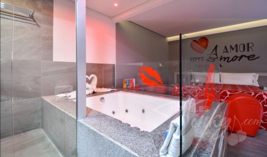 Habitaciòn Jacuzzi del Love Hotel Hot Narvarte