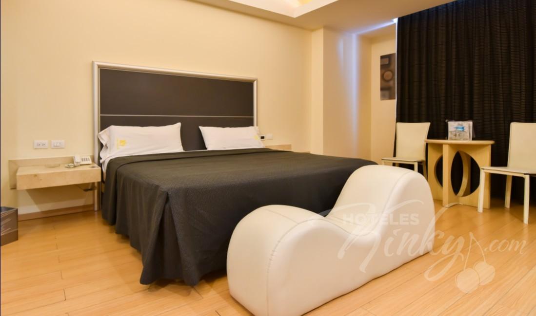 Love Hotel Juan Diego , Habitación Torre Sencilla