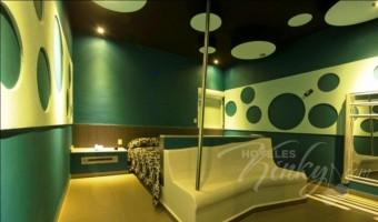 Love Hotel Ke Color, Habitación Torre Sencilla