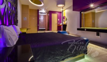 Love Hotel K20, Habitacion Junior