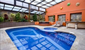 Love Hotel K20, Habitación Los Soles