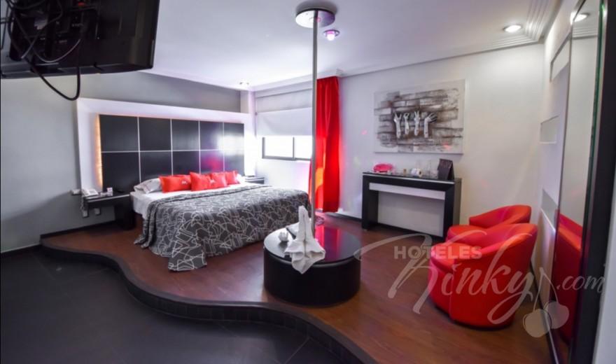 Love Hotel M Motel & Suites - Eje 6 Sur, Habitacion Villa Jacuzzi