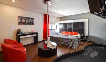 Love Hotel M Motel & Suites - Eje 6 Sur, Habitacion Villa Master