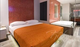 Love Hotel Metrópolis, Habitación Suite Jacuzzi