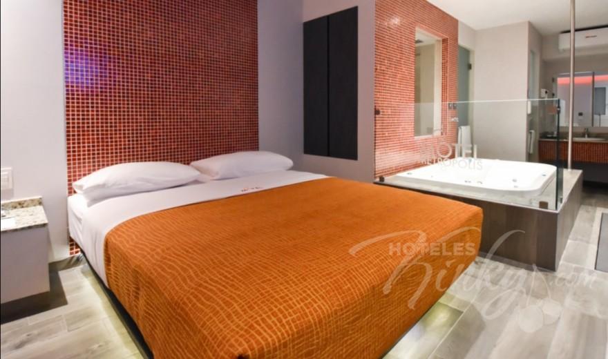 Love Hotel Metrópolis, Habitacion Suite Jacuzzi