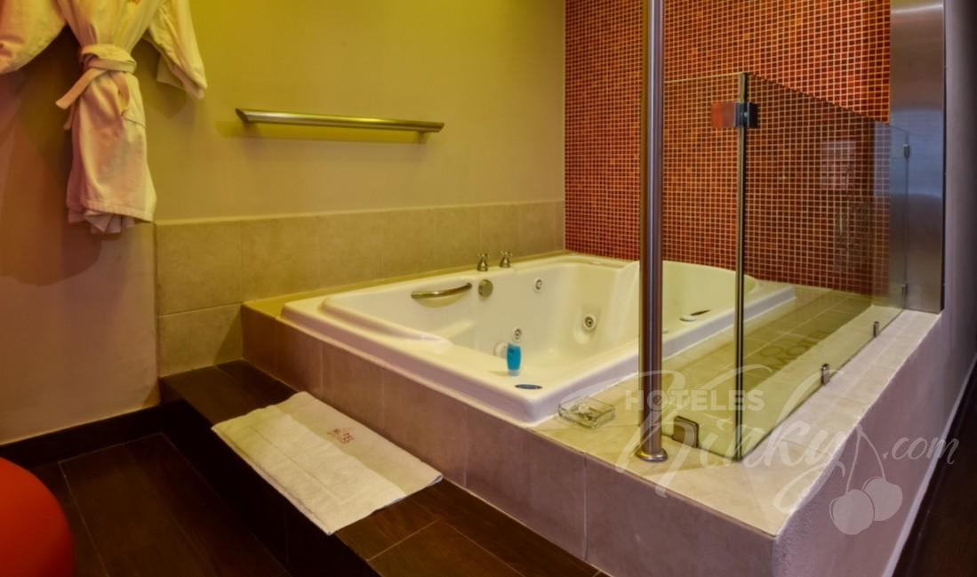 Habitaciòn Villa Jacuzzi  del Love Hotel Metrópolis