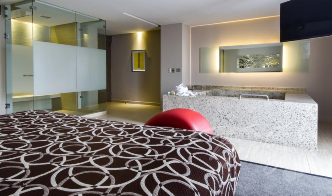 Habitaciòn Torre Jacuzzi del Love Hotel Metropolitan