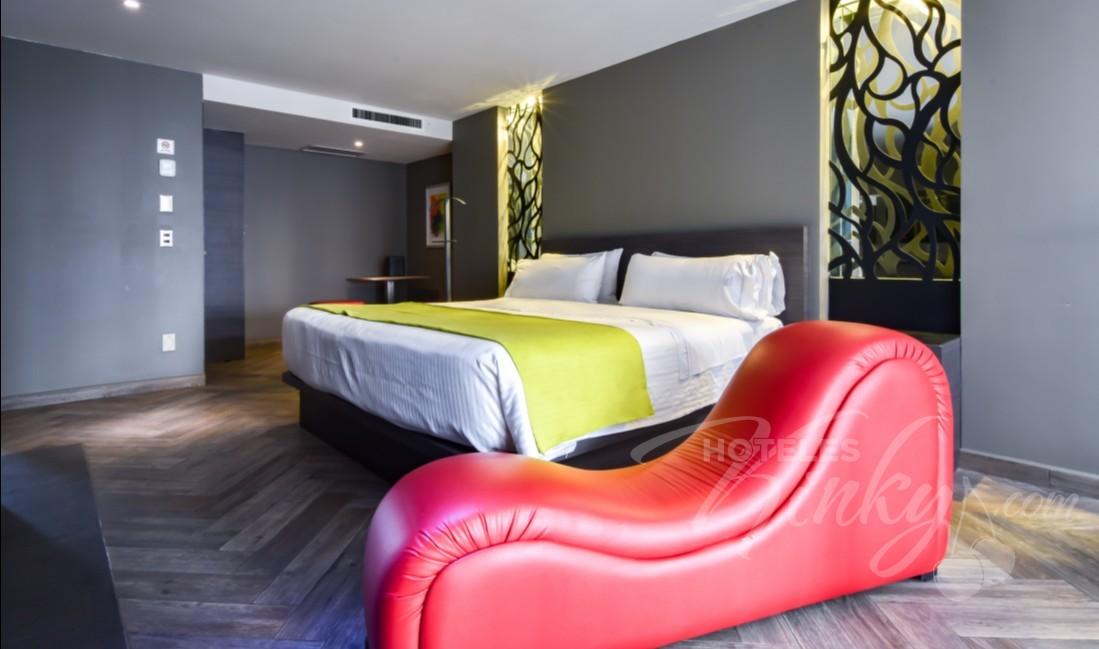 Habitaciòn Villa Jacuzzi del Love Hotel Metropolitan