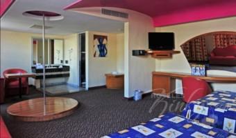 Love Hotel Auto Hotel Modena, Habitación Alberca VIP