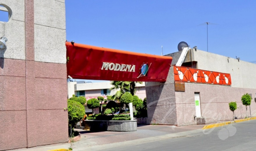 Love Hotel Auto Hotel Modena