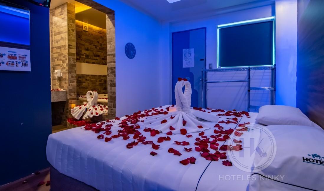 Love Hotel Muy, Habitación Romántica