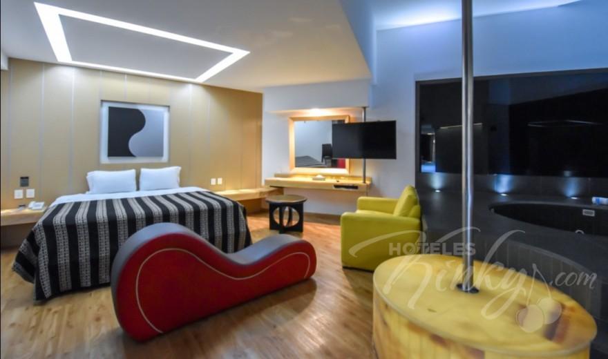 Love Hotel Newport Villas & Suites, Habitación Jacuzzi