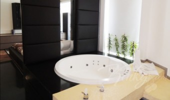 Love Hotel O´Gavilán, Habitación Villa Jacuzzi - Vapor